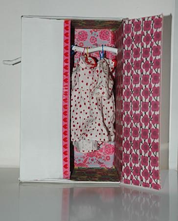 dolls_wardrobe_c