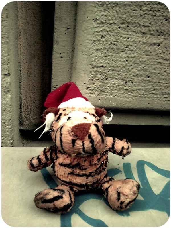 tiger_puppet_2